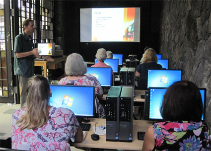 computer class in a Guam library