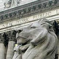 Photo of lion statue in front of the New York Public Library