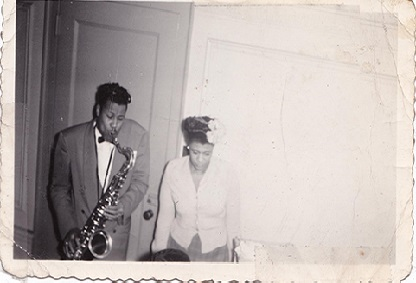 Digitized photo of Davis and Fitzgerald from the National Jazz Museum in Harlem.